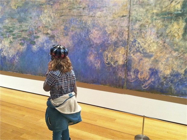 Museumgoing is a favorite pursuit, as is photographing people juxtaposed with art