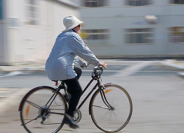 Bike_Rider_Josh_Bluntschli