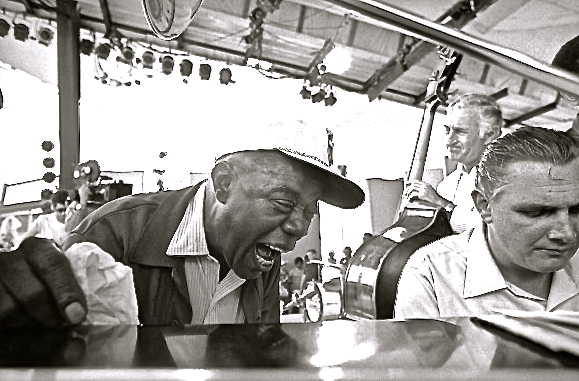 Louis Armstrong, Dave McKenna, Jack Lesberg, Newport, 1970
